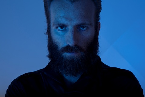 ben frost A写 small